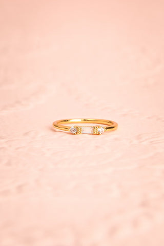 Referre Clear & Golden Minimalist Ring | Boutique 1861 4