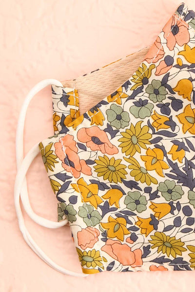 Retro Flower Face Mask | Boutique 1861 lining close-up