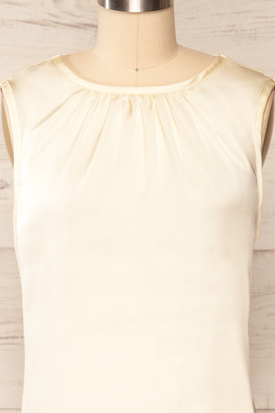 Riccia Cream Sleeveless Pleated Neck Blouse | La petite garçonne front close-up