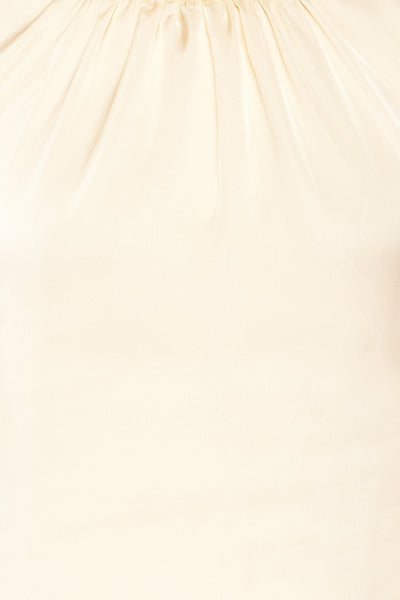 Riccia Cream Sleeveless Pleated Neck Blouse | La petite garçonne texture
