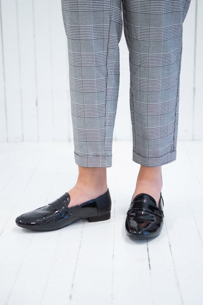 Papeete Black Dress Loafers with Buckles | La Petite Garçonne Chpt. 2 model