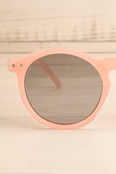 Roscrea Light Pink Wayfarer Sunglasses close-up | La Petite Garçonne