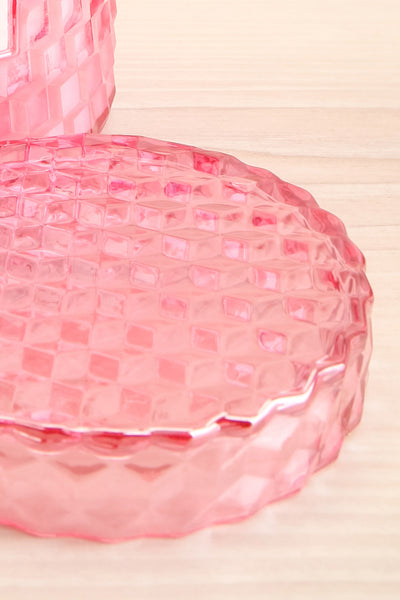 Large Textured Candle Rose Petal Ice Cream | La petite garçonne lid close-up