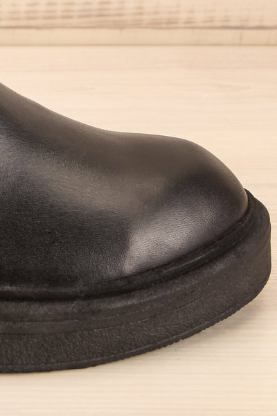 Rurrena Black Chelsea Leather Boots | La petite garçonne side close-up