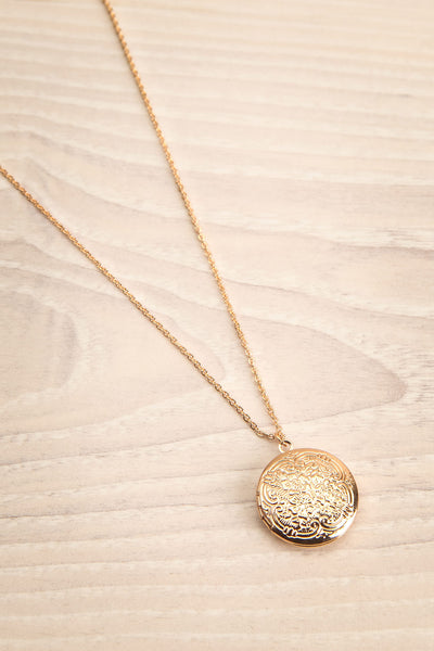 Ruttya Golden Circular Locket Pendant Necklace | La Petite Garçonne