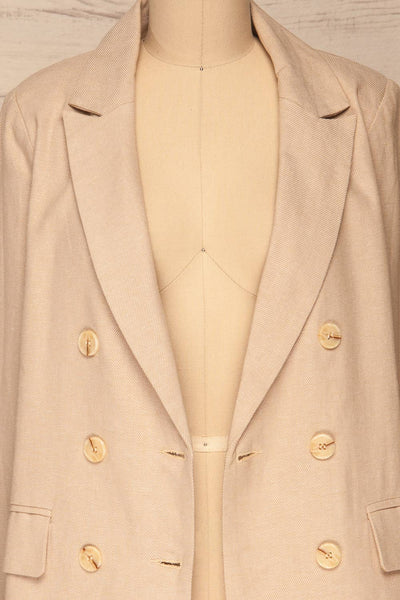 Samarate Beige Blazer | Veston Beige | La Petite Garçonne front close-up open