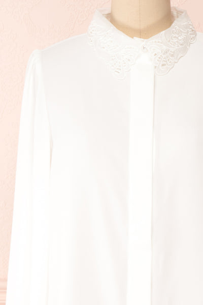 Saponaria White Long Sleeve Lace Collar Blouse | Boutique 1861 front close-up