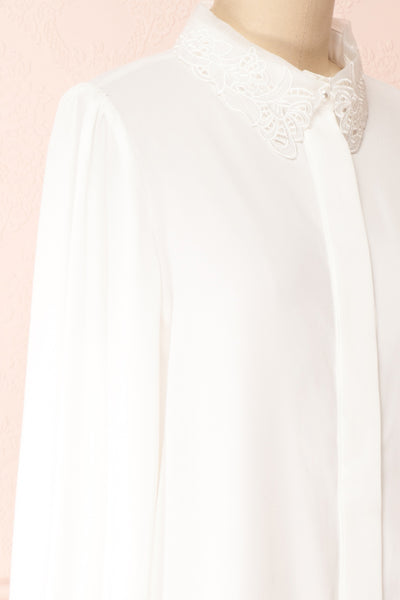 Saponaria White Long Sleeve Lace Collar Blouse | Boutique 1861 side close-up