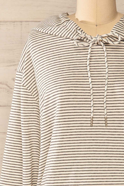 Set Radomko Grey Striped Lounge Set | La petite garçonne top front close-up