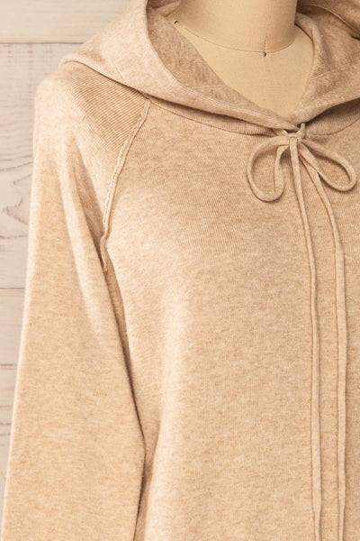 Kaunas Beige Cozy Lounge Set | La petite garçonne  top side close-up