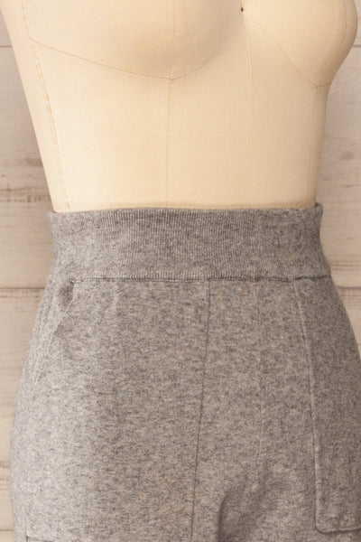 Kaunas Grey Cozy Lounge Set | La petite garçonne  side close-up