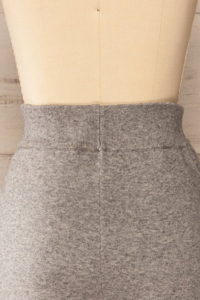 Kaunas Grey Cozy Lounge Set | La petite garçonne  back close-up