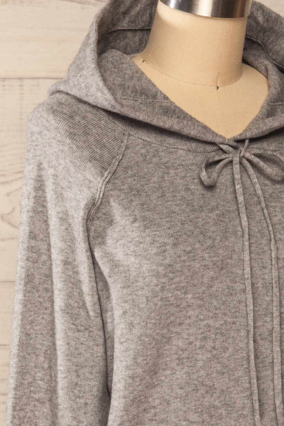 Kaunas Grey Cozy Lounge Set | La petite garçonne top side close-up