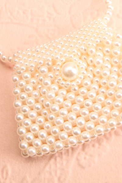 Shepetivka Pearl Purse Necklace | Collier | Boutique 1861 flat close-up