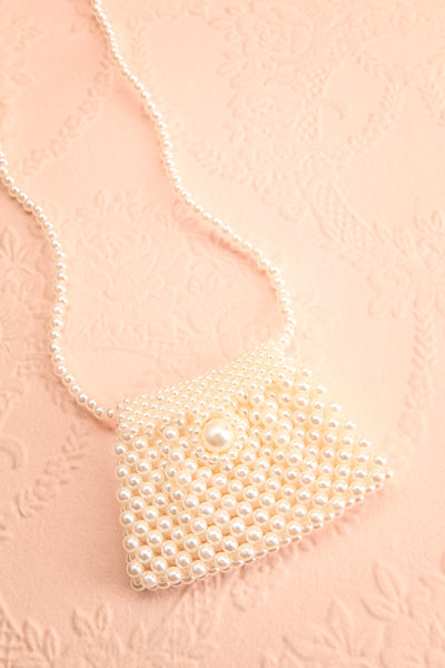 Shepetivka Pearl Purse Necklace | Collier | Boutique 1861 flat view