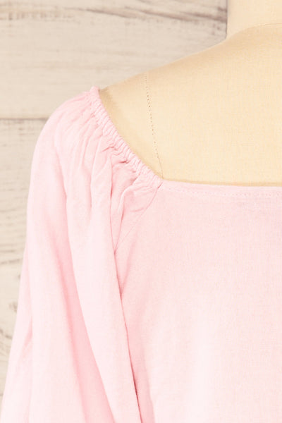 Sines Pink Puffy Sleeve Buttoned Crop Top | La petite garçonne back close-up