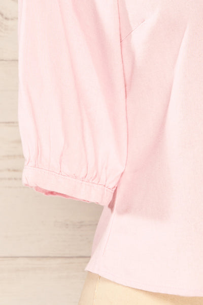 Sines Pink Puffy Sleeve Buttoned Crop Top | La petite garçonne sleeve close-up