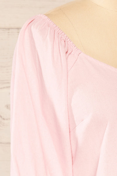 Sines Pink Puffy Sleeve Buttoned Crop Top | La petite garçonne side close-up