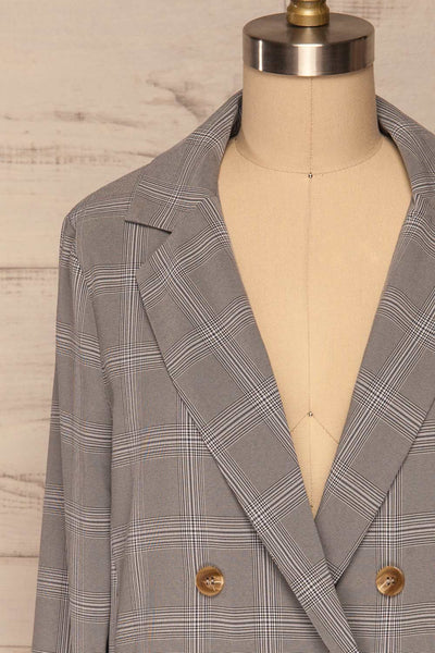 Skerries Gris Grey Plaid Blazer | Veston front close up | La Petite Garçonne
