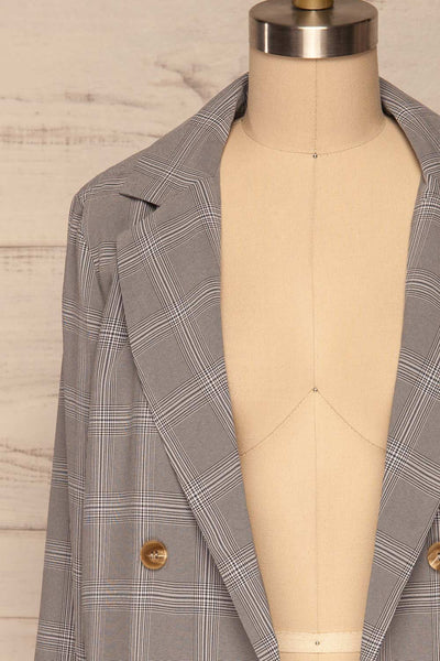 Skerries Gris Grey Plaid Blazer | Veston front close up open | La Petite Garçonne