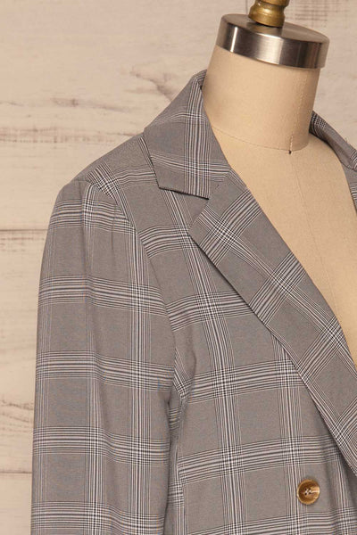 Skerries Gris Grey Plaid Blazer | Veston side close up | La Petite Garçonne