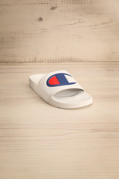 Stagnum White Sporty Slip-On Sandals | La Petite Garçonne 3