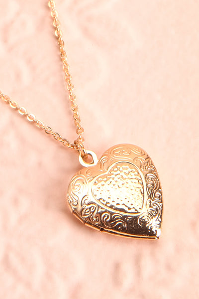 Suffero Doré Gold Heart Locket Pendant Necklace | Boutique 1861 5