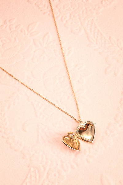 Suffero Doré Gold Heart Locket Pendant Necklace | Boutique 1861 4