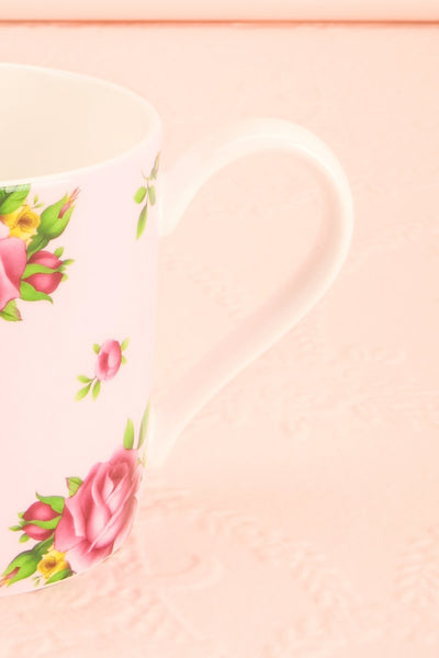Tasse Anji Pink Floral Tea Mug | Boutique 1861 handle close-up