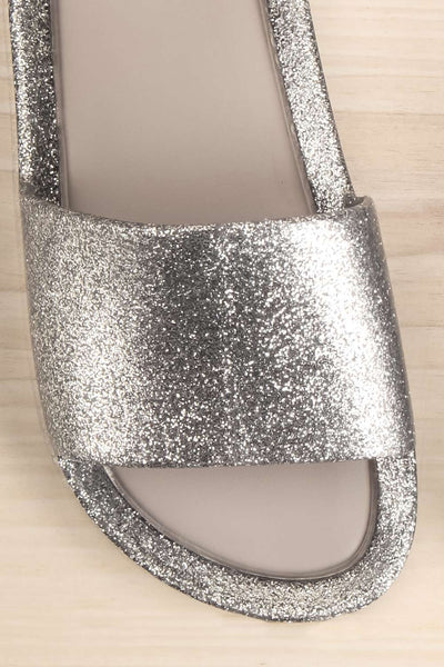 Treazzano Mini Kids Silver Glitter Flip-Flop Sandals | Boutique 1861