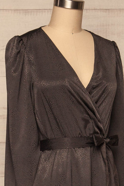 Trieste Dark Grey Satin Dress | Robe side close up | La Petite Garçonne