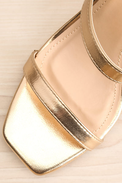 Varese Gold Slip-On Block Heel Sandals | La petite garçonne flat close-up