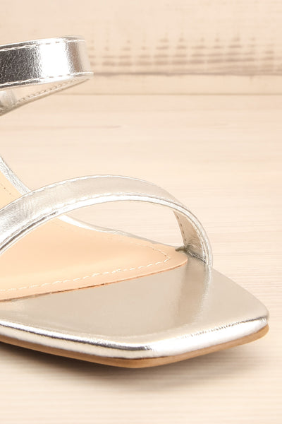Varese Silver Slip-On Block Heel Sandals | La petite garçonne front close-up