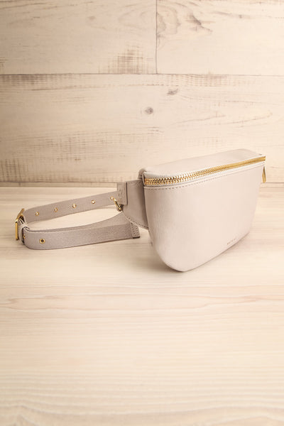 Viely Grey Vegan Leather Fanny Pack | La petite garçonne side view