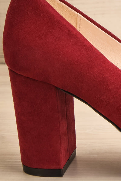 Vouvray Burgundy Suede Pointed Toe Heels | La petite garçonne side bakc close-up