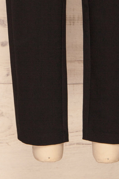 Wynne Coal Black High Waist Pants | La petite garçonne bottom close-up