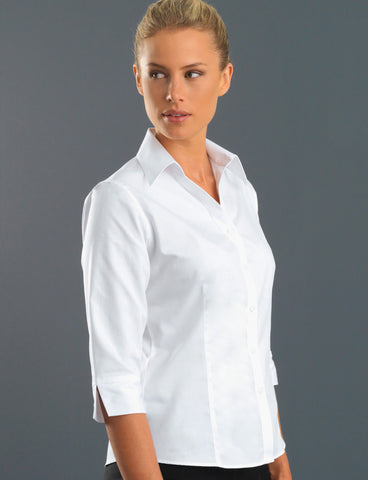 ladies-poplin-white-3q-semi-tailored-fit
