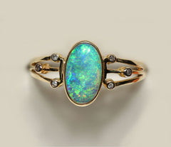 A5239 Solid Crystal Opal 9Kt Gold Ring