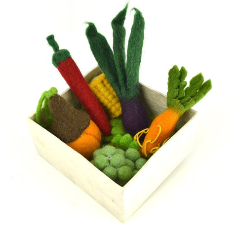 papoose vegetable set in box
