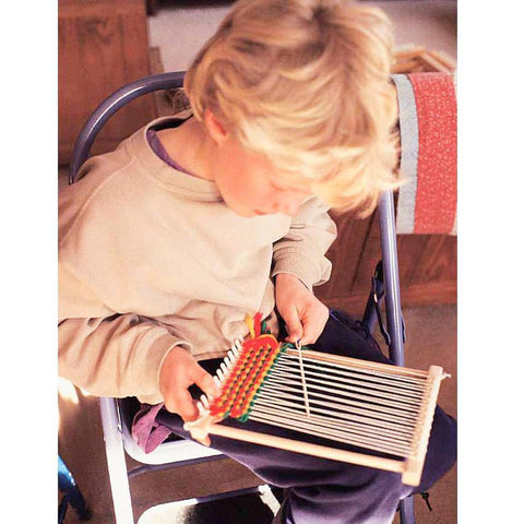 peg loom-craft kits-Harrisville Designs-Dilly Dally Kids