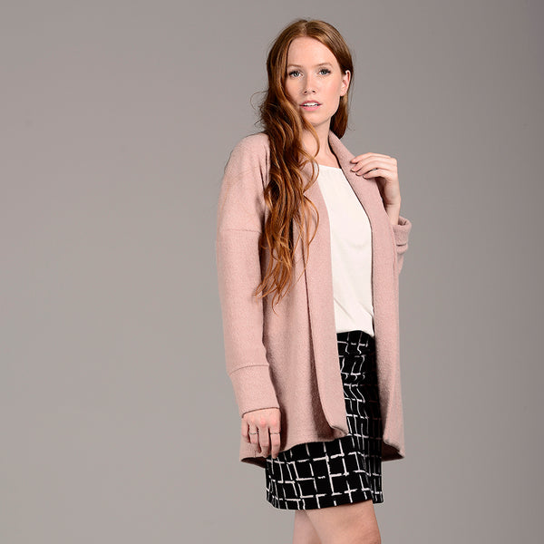 Long cardigan rose douillet 9411