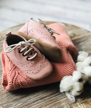 Charlotte Brogues Sugar Berry - Harper & Hedgie