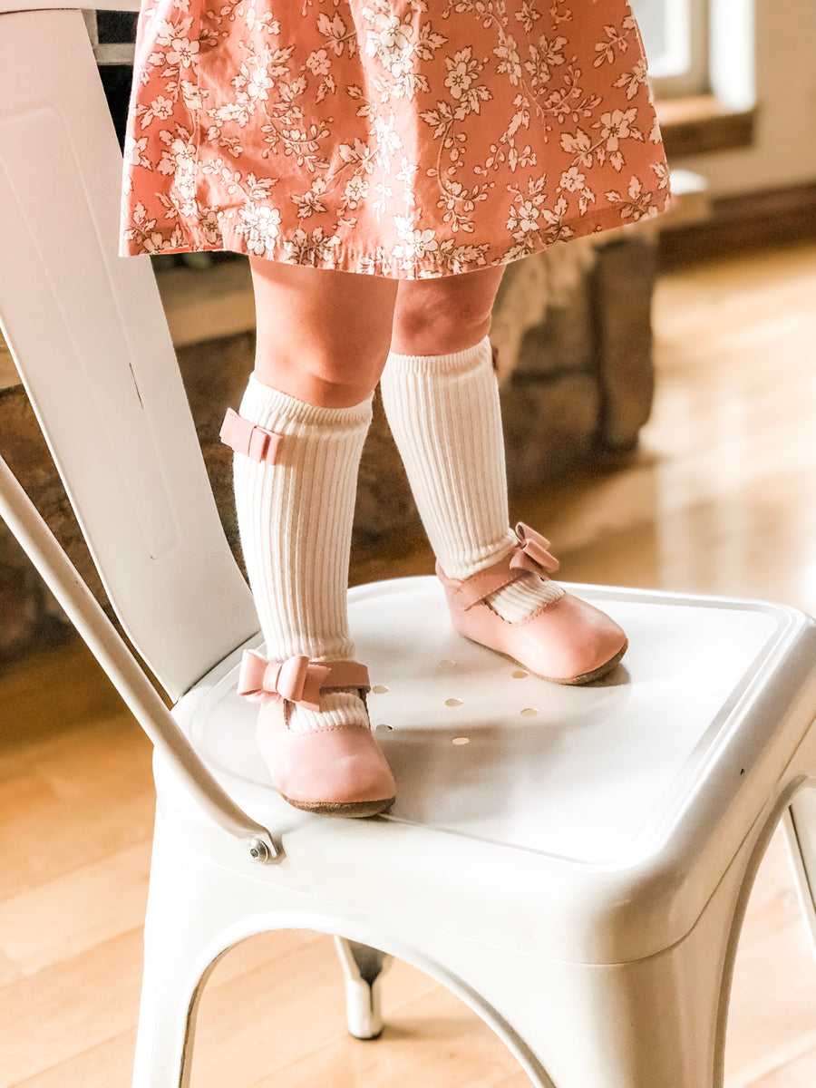 Penelope Knee High Socks - Cottage White Sock With Frosted Rose Velvet Bow