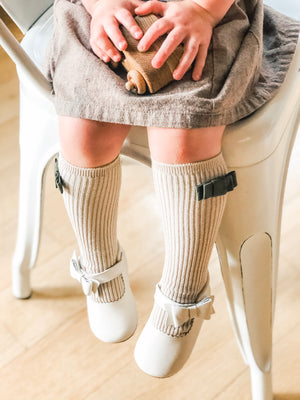 Penelope Knee High Socks - Brown Sugar Sock With Forest Green Velvet Bow