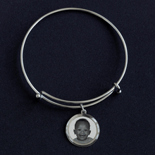 Load image into Gallery viewer, Personalized Family Charm Bracelet