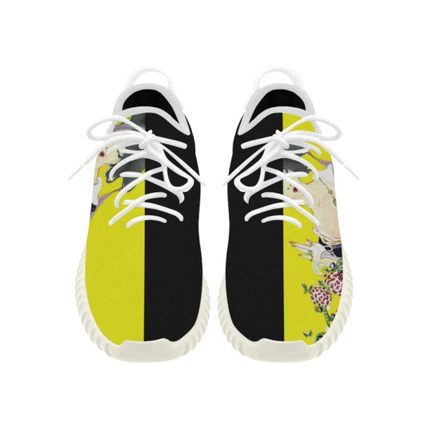 Breathable Running Shoe with Vogue Illustration