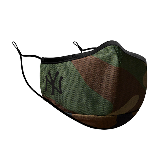 NEW YORK YANKEES CAMO FACE MASK