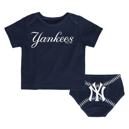 NEW YORK YANKEES NEWBORN HEY BATTER SET