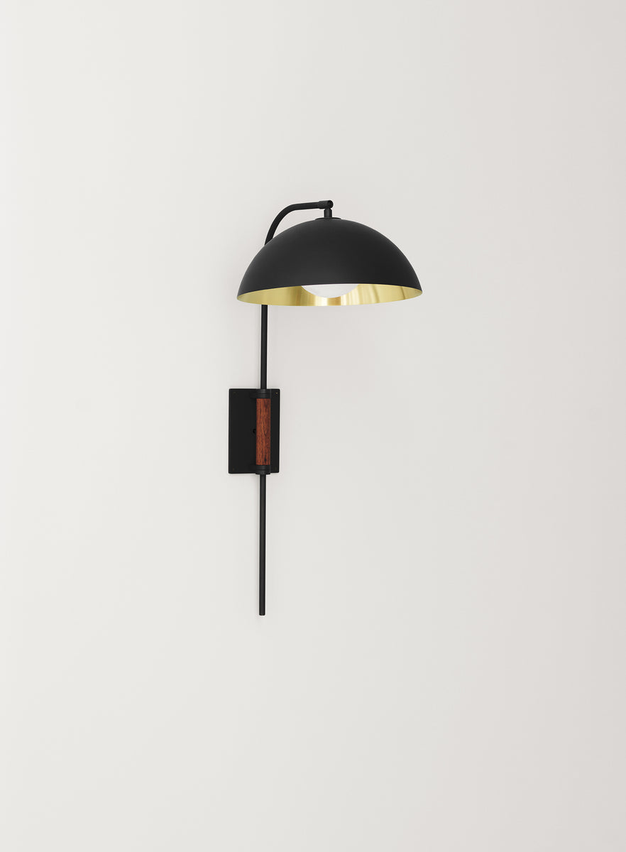 Clasp Wall Lamp