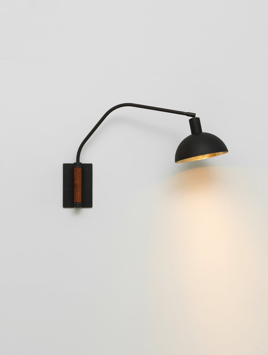 Crescent Wall Lamp
